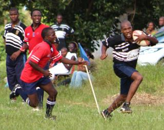 Ngwenya player on the break